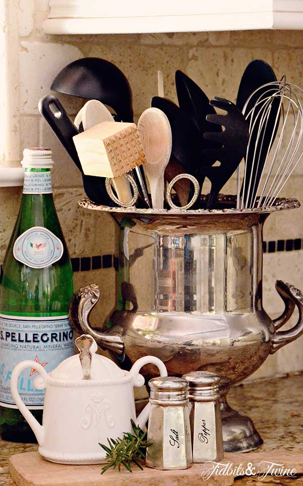TIDBITS-&-TWINE---Champagne-Bucket-Utensil-Holder
