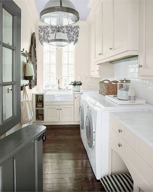Decorating Ideas for the Laundry Room