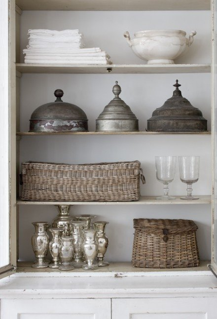 TIDBITS & TWINE Bookshelf with Baskets