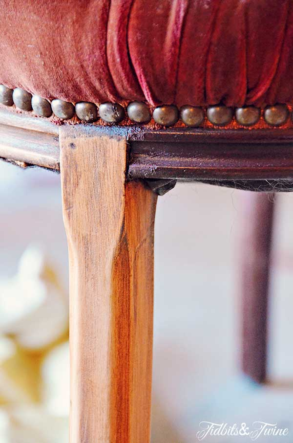 TIDBITS-&-TWINE-Refinishing-Antique-Chairs