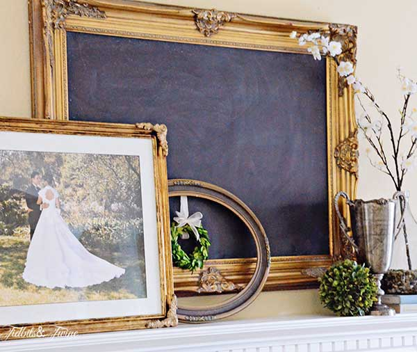 TIDBITS&TWINE-Wedding-Mantel-4