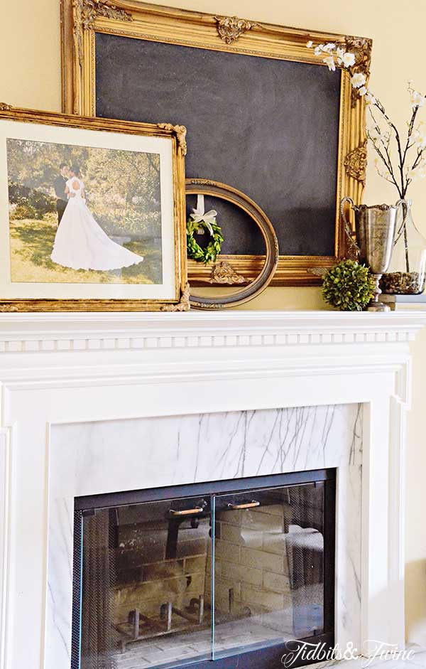 TIDBITS&TWINE-Wedding-Mantel-5