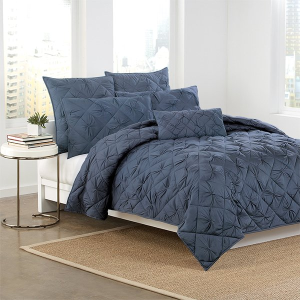 DKNY Diamond Tuck Quilt in Sapphire