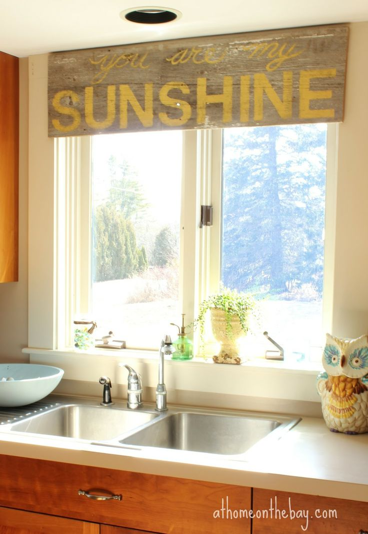 8 Ways to Dress Up the Kitchen Window {without using a curtain ...