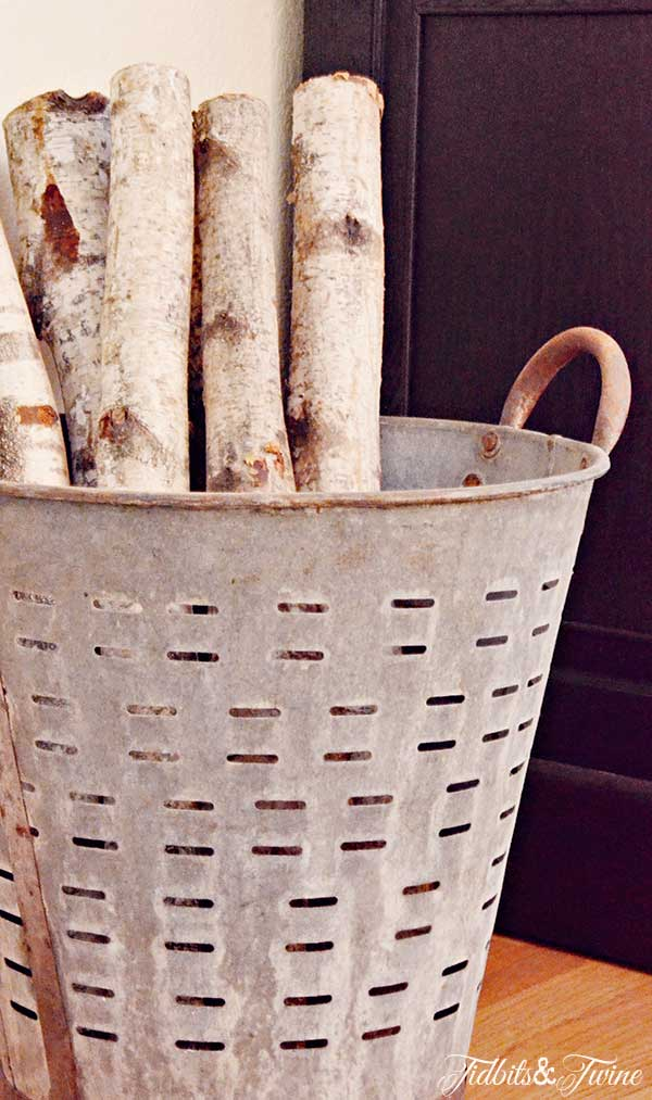 TIDBITS-&-TWINE-Olive-Bucket-Firewood-Holder
