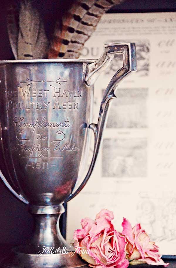 TIDBITS-&-TWINE---Vintage-Trophy-TS