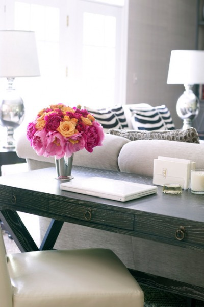 The Writing Desk – A Stylish Solution
