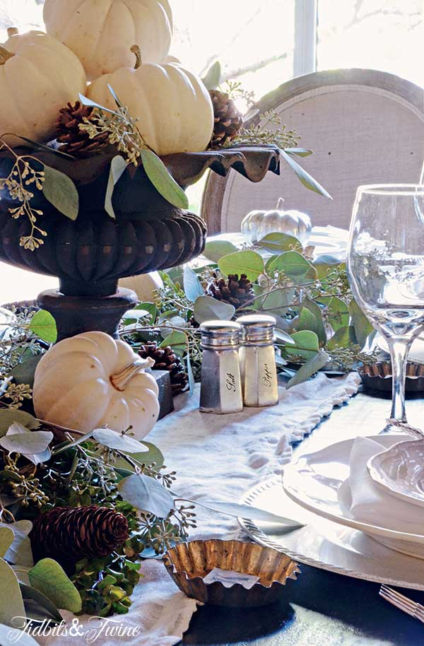 TIDBITS-&-TWINE-Fall-Table-2014