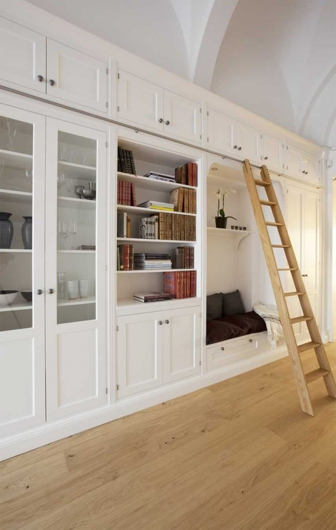 Groovy Library Bookcases With Ladders Tidbitstwine Largest Home Design Picture Inspirations Pitcheantrous