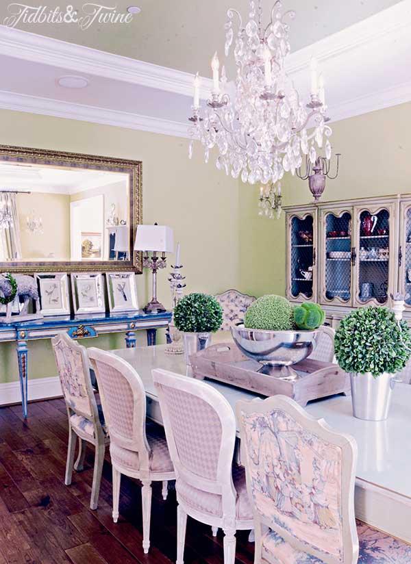 TIDBITS-&-TWINE-Liz-Dining-Room-2