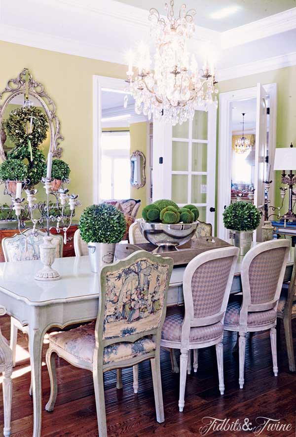 TIDBITS-&-TWINE-Liz-Dining-Room-b