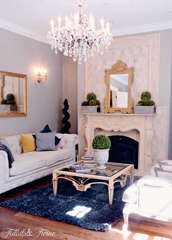 TIDBITS-&-TWINE-Liz-Living-Room