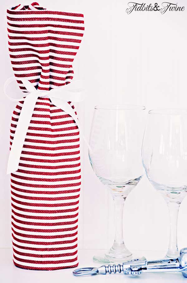 TIDBITS-&-TWINE-Wine-and-Dish-Towel-Hostess-Gift-2