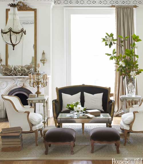 hbx-black-leather-sofa-in-living-room-with-antiques-jSOzS3-xln