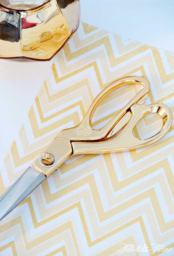 TIDBITS-&-TWINE-Gold-Scissors