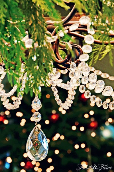 Creative & Elegant Holiday Garland Ideas