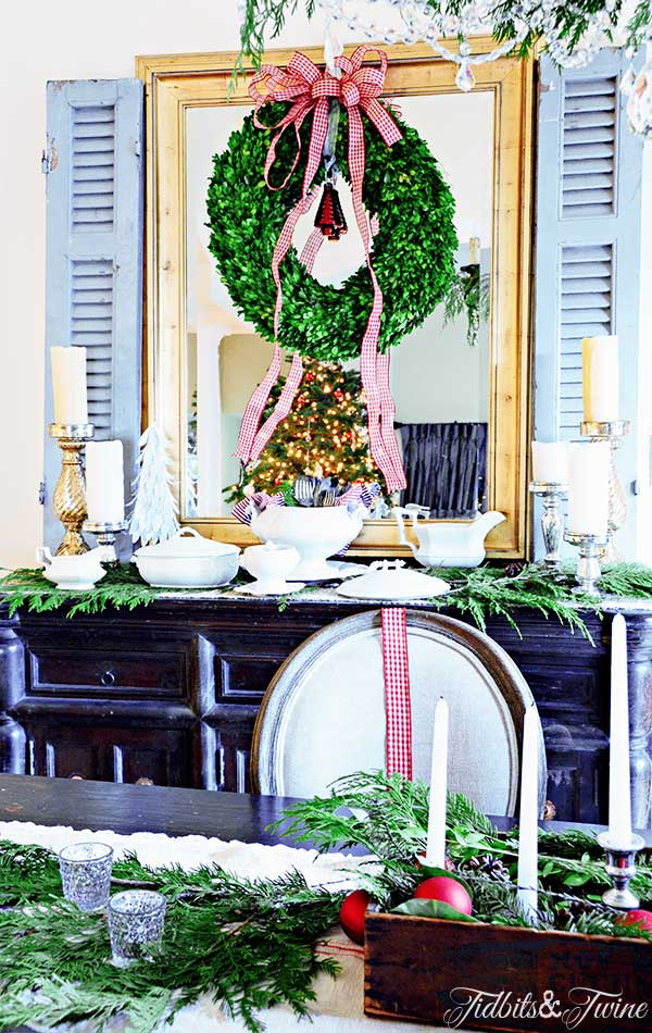 TIDBITS-&-TWINE-Christmas-Dining-Buffet-and-Table