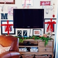 TIDBITS-&-TWINE-Christmas-Gallery-Wall-3