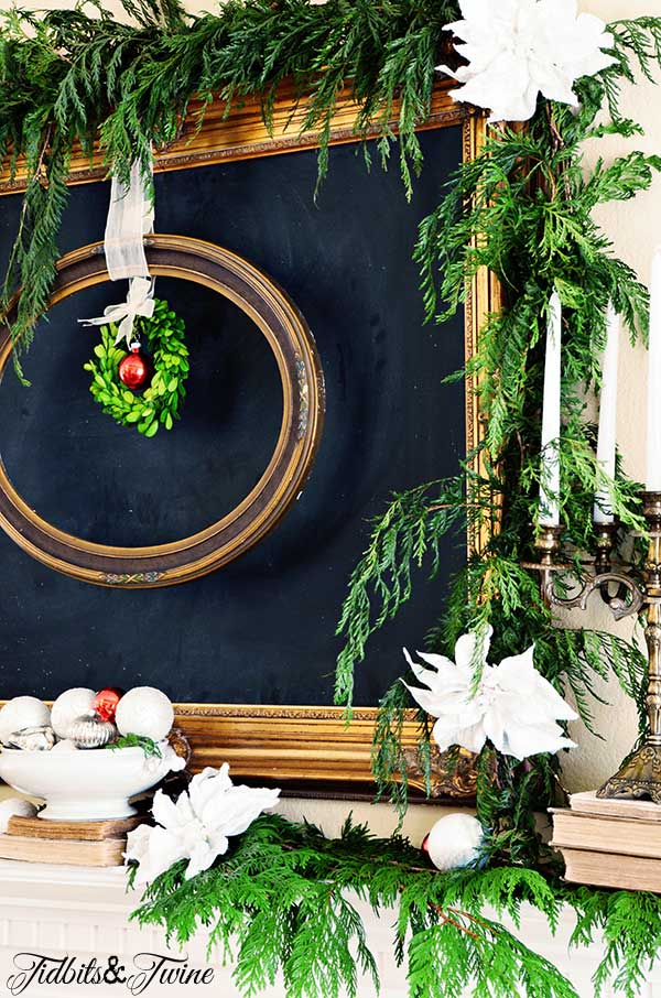 TIDBITS-&-TWINE-Christmas-Living-Room-Mantel-2