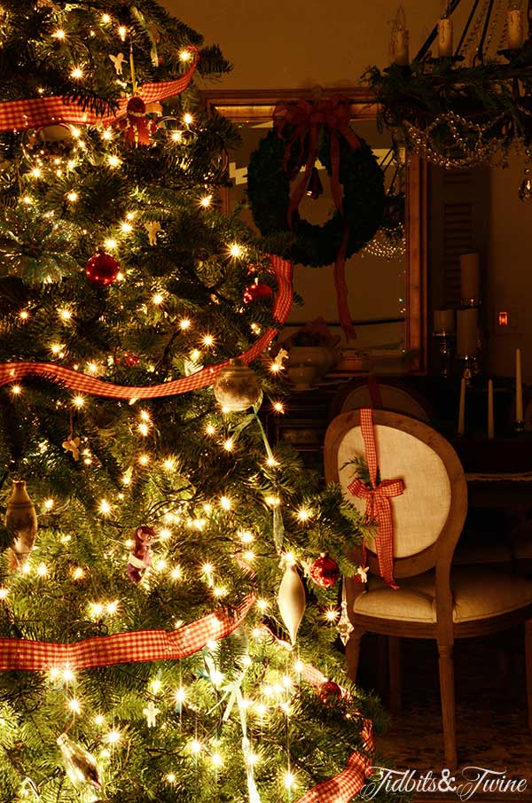 Christmas Tree In Living Room christmas inspiration in the living room | tidbits&twine