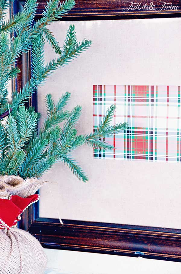 TIDBITS-&-TWINE-Framed-Christmas-Box