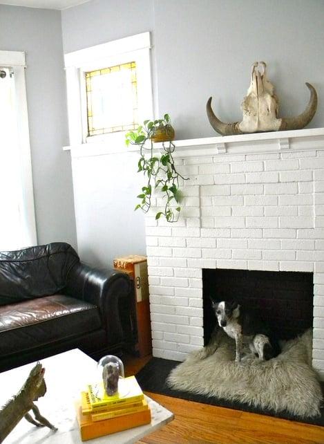 TIDBITS & TWINE Fireplace Dog Bed