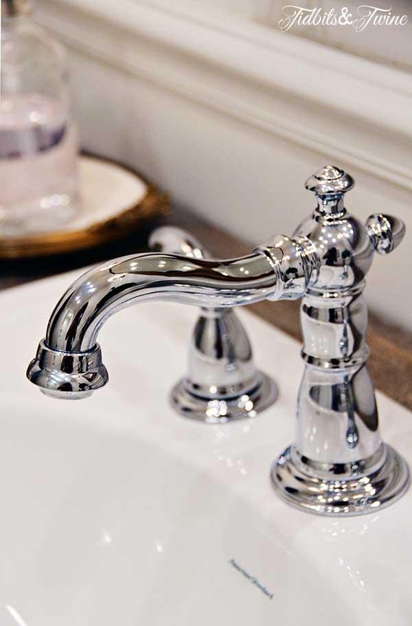 TIDBITS-&-TWINE-Guest-Bathroom-Faucet