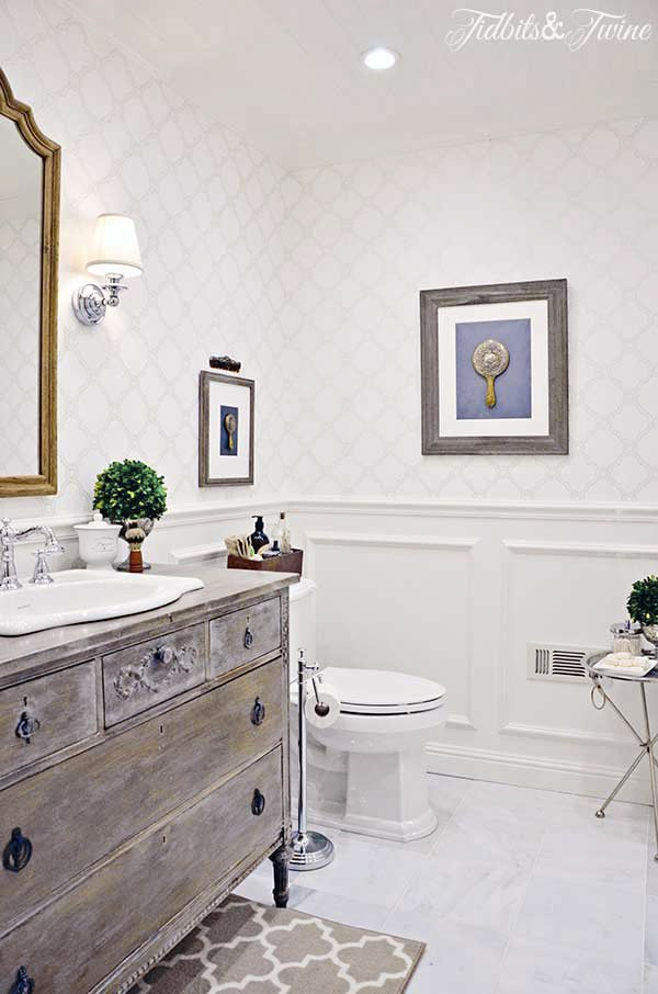 How to Make a Small Room Feel Bigger: 8 Foolproof Tricks