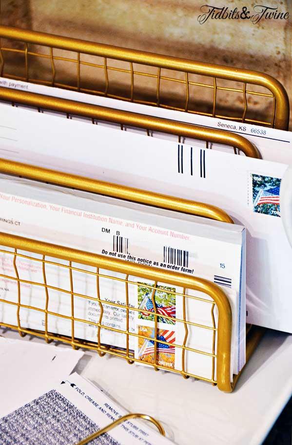 TIDBITS-&-TWINE---Action-Item-Mail-Sorter