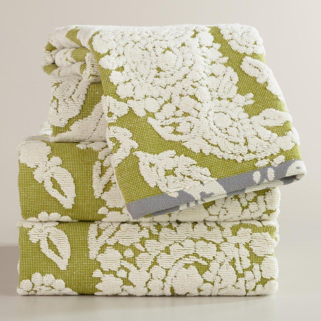 TIDBITS&TWINE - Bliss Paisley Bath Towel
