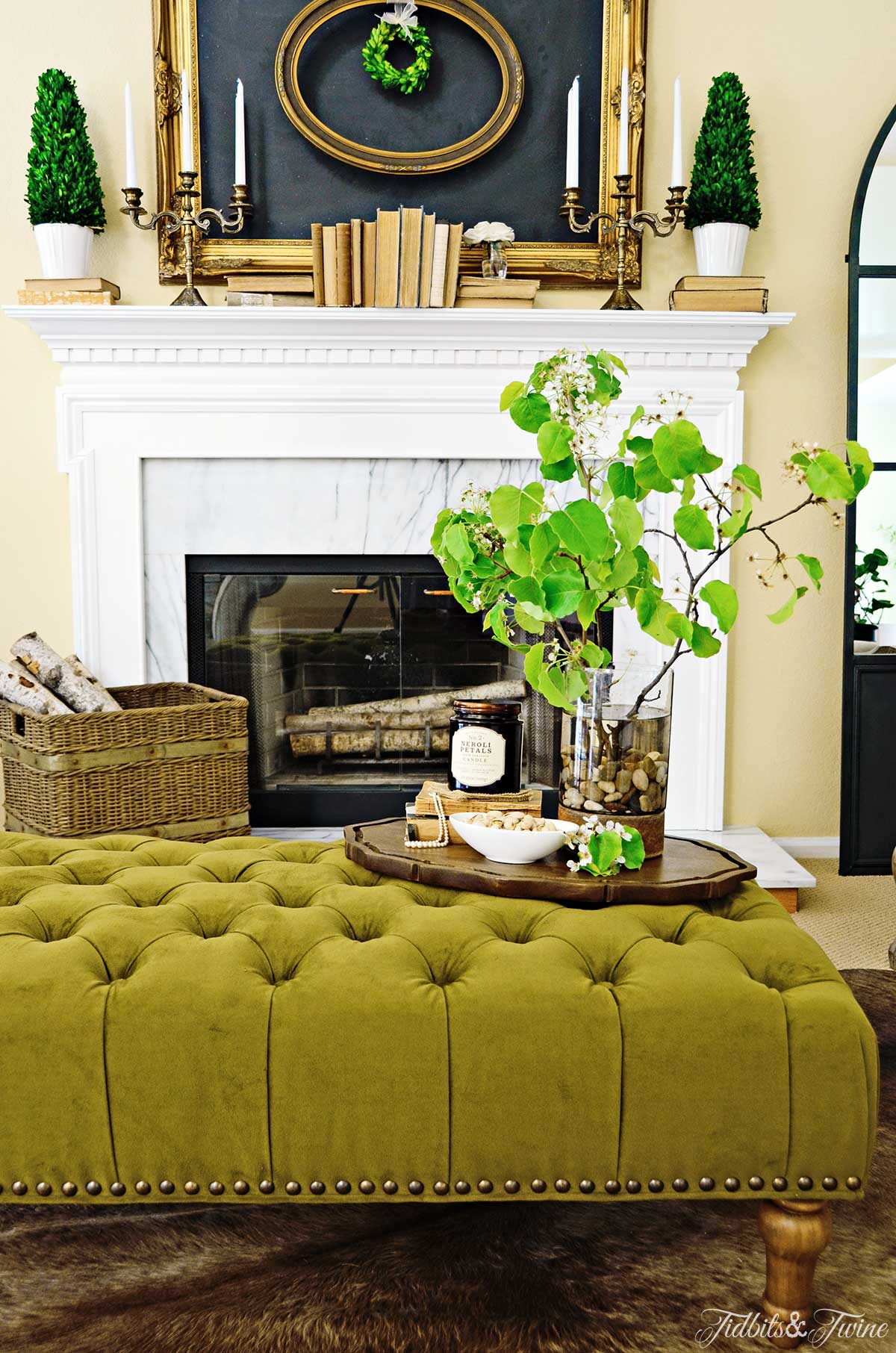 TIDBITS&TWINE: My Living-Room Tufted Ottoman and Mantel
