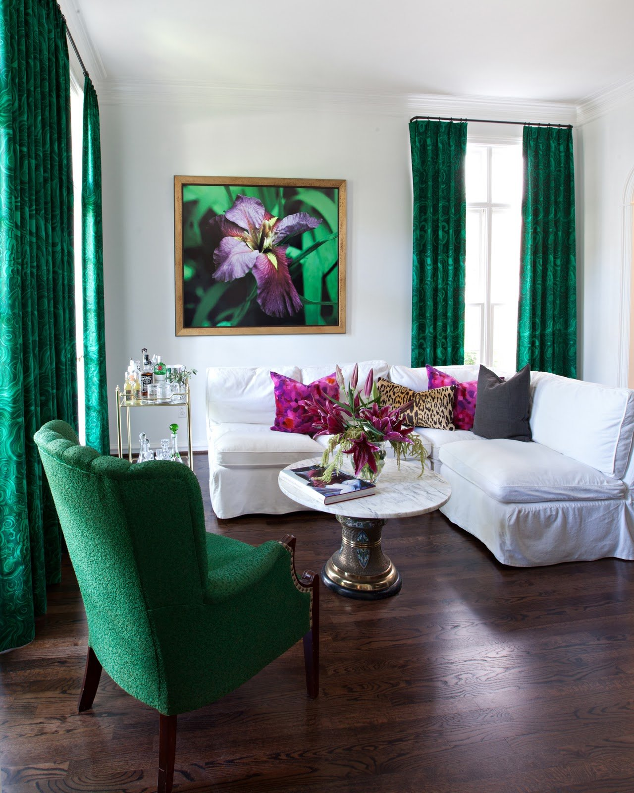 Designer spotlight sally wheat tidbits twine - Green living room ideas decorating ...