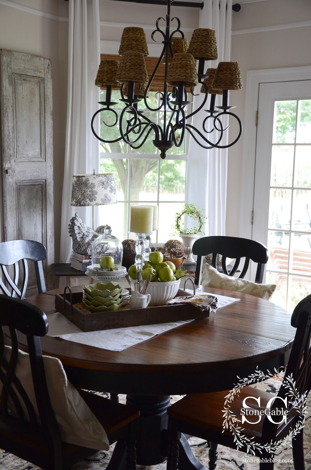 Dining Table Decor For An Everyday Look Tidbits Twine
