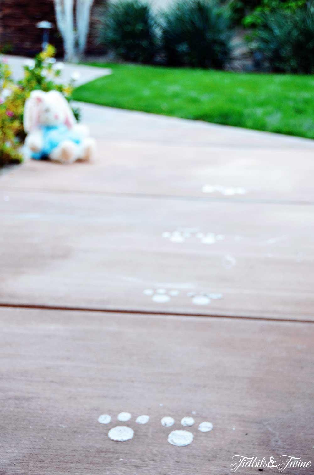 TIDBITS&TWINE - Easter Bunny Footprints