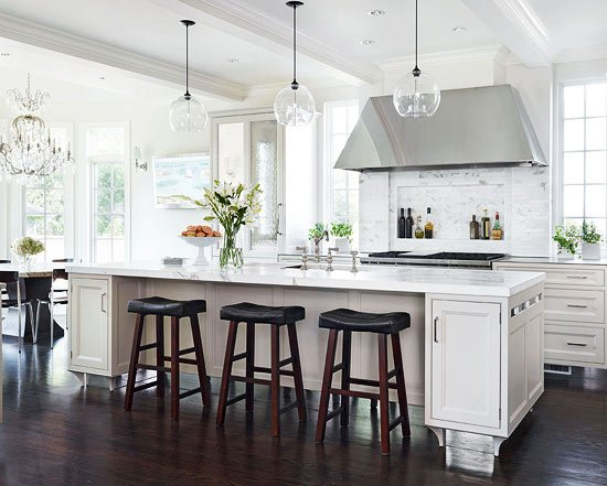 18 White Kitchens {That Are Anything But Boring} | Tidbits&Twine