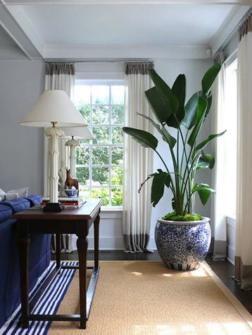 {Designer David Lawrence's home via Habitually Chic}