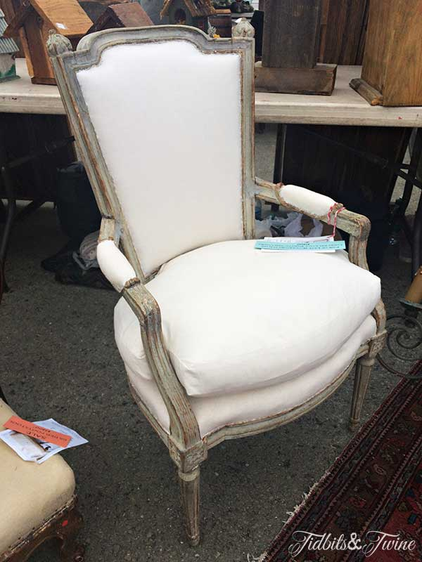 TIDBITS&TWINE-Vintage-Chair