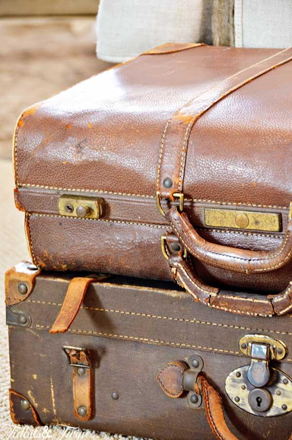 TIDBITS&TWINE-Vintage-Leather-Suitcases