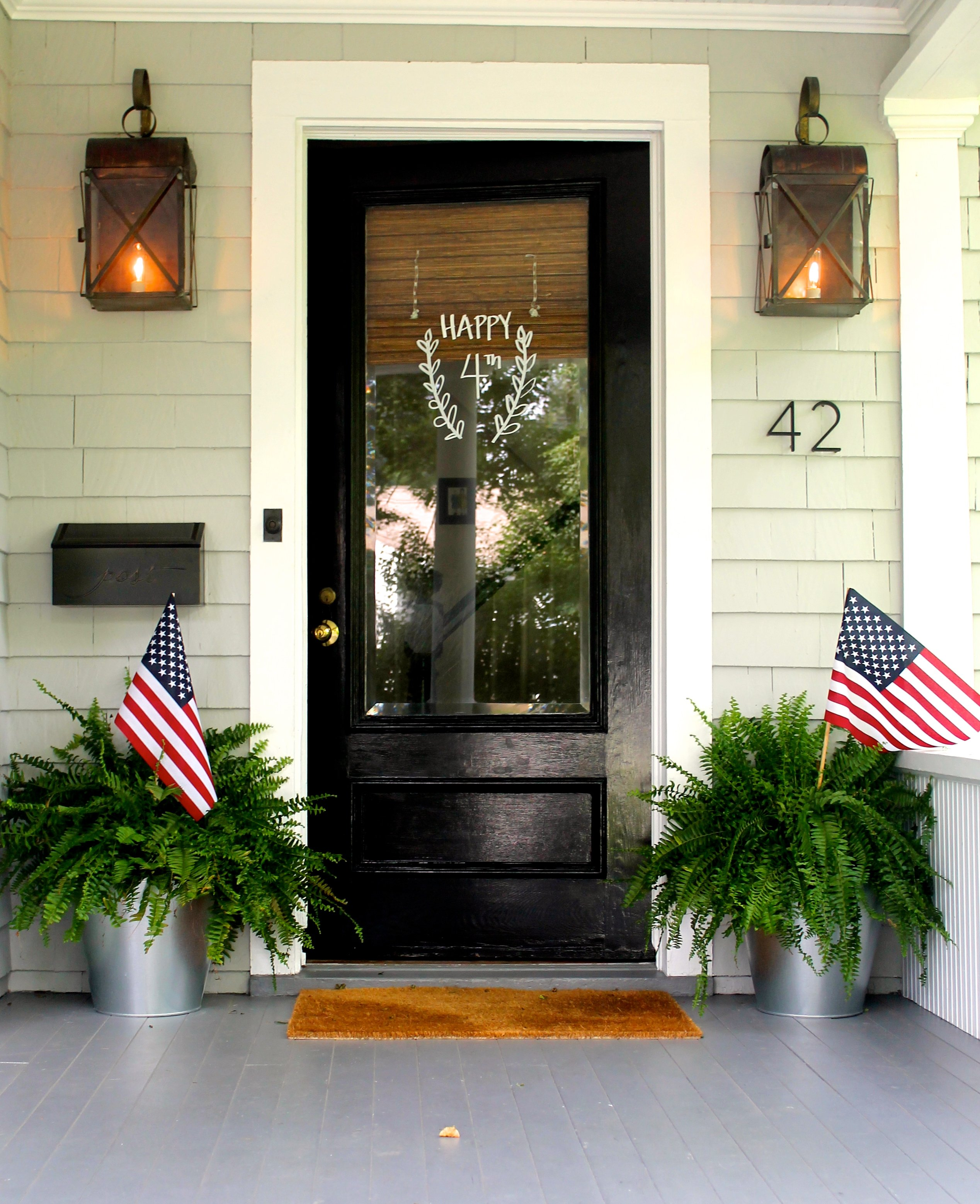 5 Ways To Make Small Doors Feel Bigger Tidbits Twine: plants next to front door