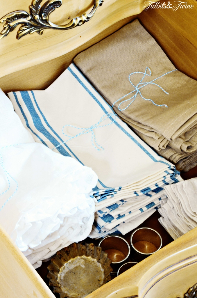 TIDBITS-&-TWINE---Dining-Hutch-Napkin-Drawer