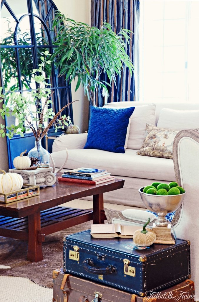 TIDBITS-&-TWINE-Living-Room-Sofa-Fall-2015