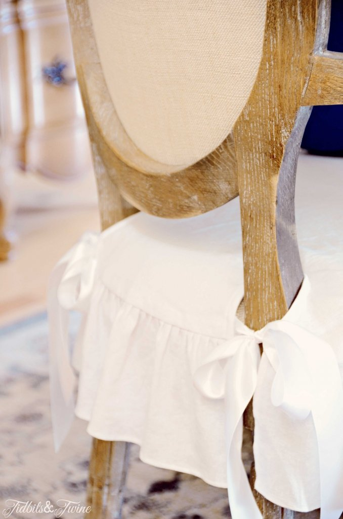 TIDBITS-&-TWINE-White-Linen-Chair-Covers