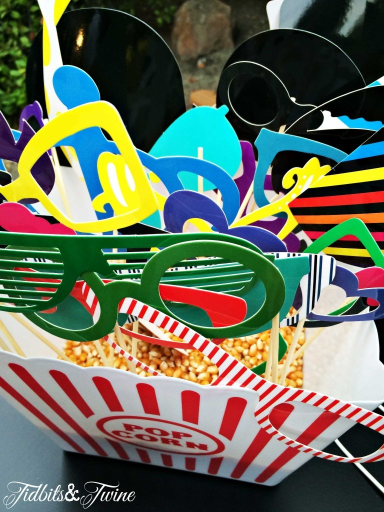TIDBITS&TWINE---40th-Birthday-Photo-Booth-Props