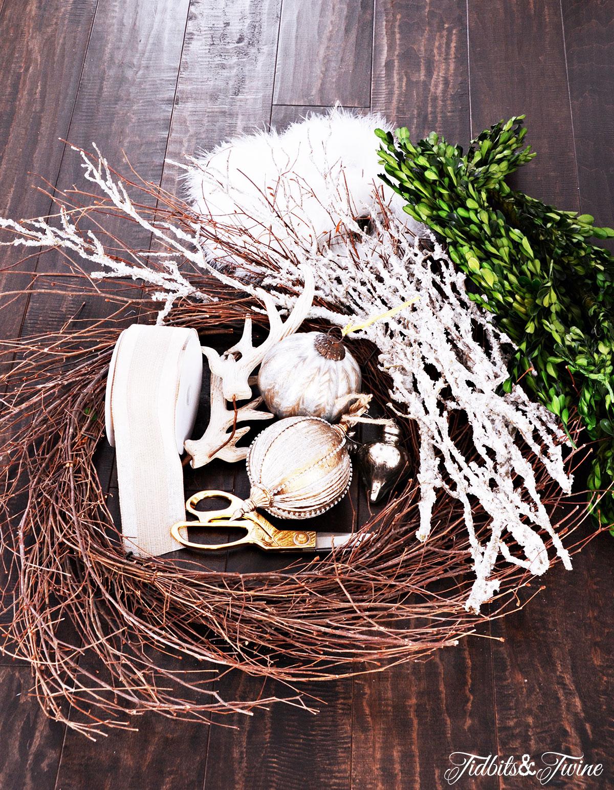 TIDBITS-&-TWINE---DIY-Boxwood-Christmas-Wreath-Step-1