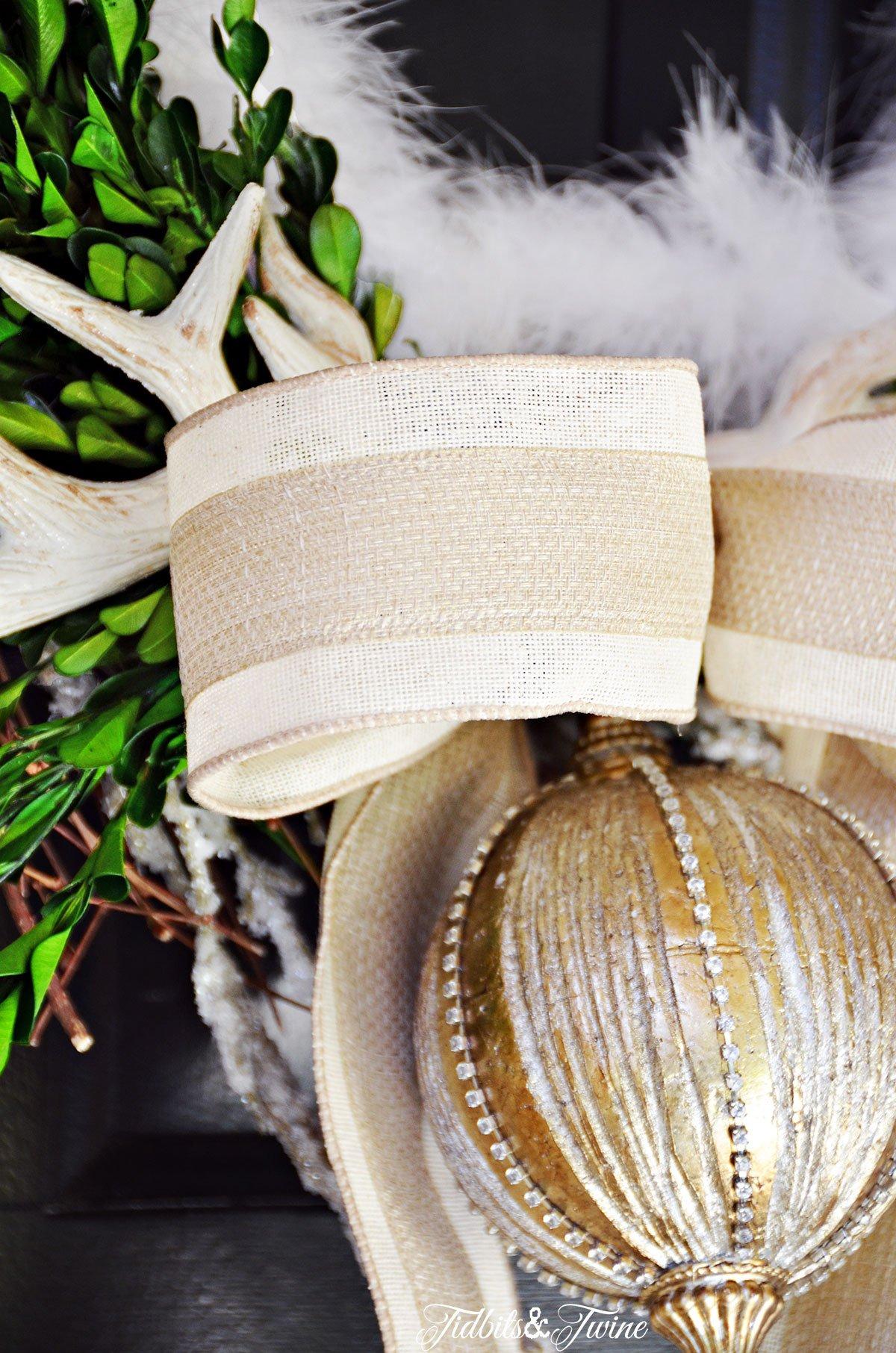 TIDBITS-&-TWINE---DIY-Christmas-Wreath-Ornament