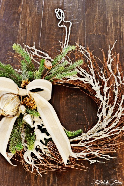 DIY Traditional Christmas Wreath