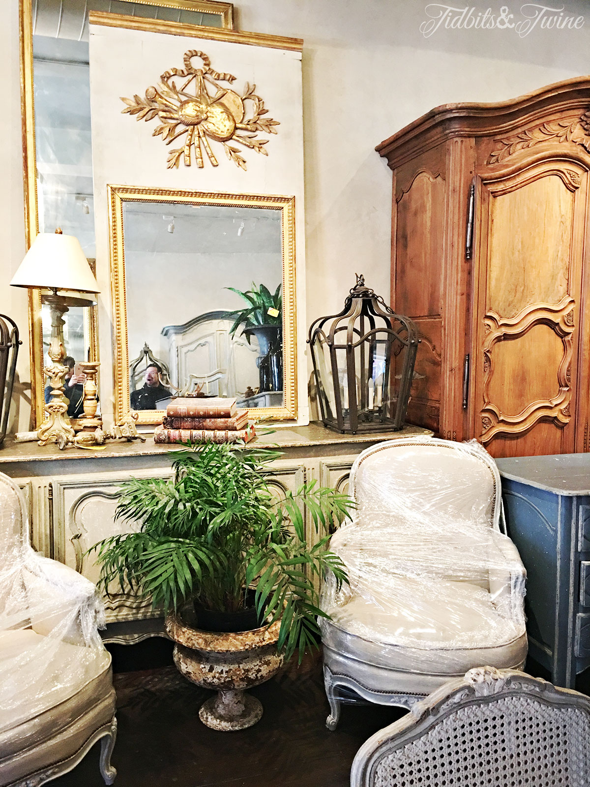 {Antiques de Provence in New Orleans}