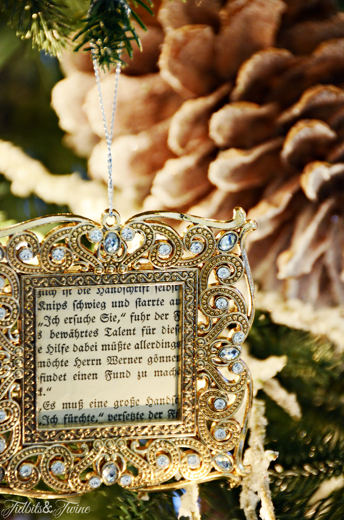 TIDBITS&TWINE Gold Frame Ornament with French Book Page