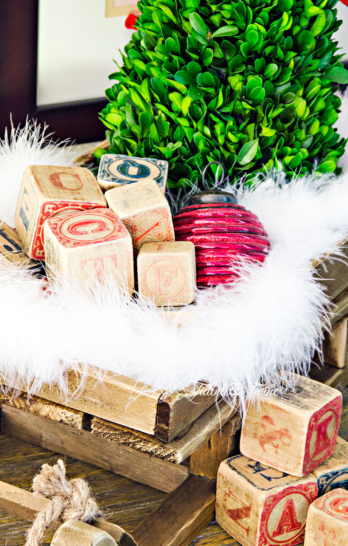TIDBITS&TWINE Holiday Decorating with Vintage Christmas Sled with Blocks
