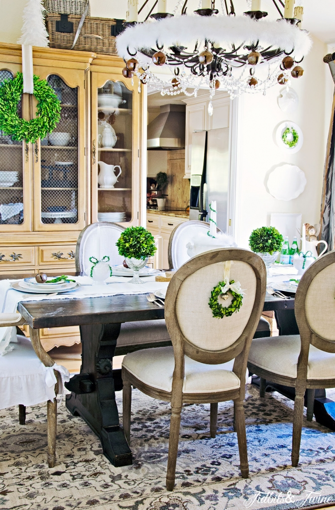 How to Decorate a Formal Dining Room 47 Design Photos